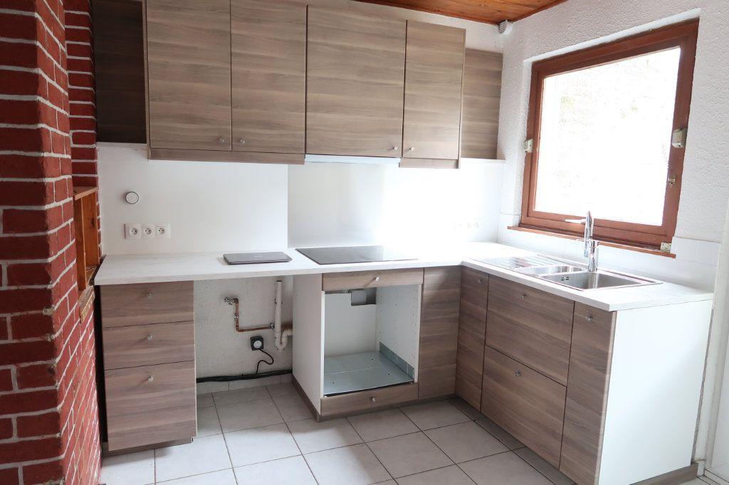 Maison à louer 4 70m2 à Saint-Quentin vignette-3