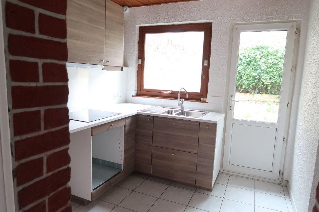 Maison à louer 4 70m2 à Saint-Quentin vignette-4