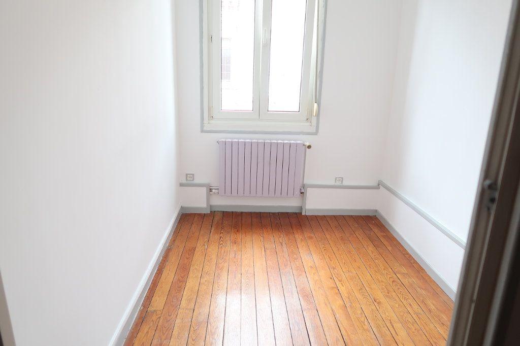 Maison à louer 4 70m2 à Saint-Quentin vignette-6