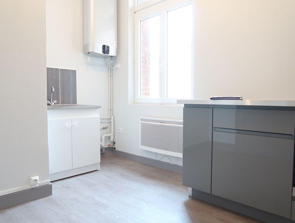 Appartement à louer 2 63m2 à Saint-Quentin vignette-5