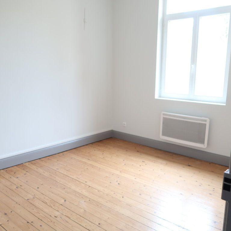 Appartement à louer 2 63m2 à Saint-Quentin vignette-7