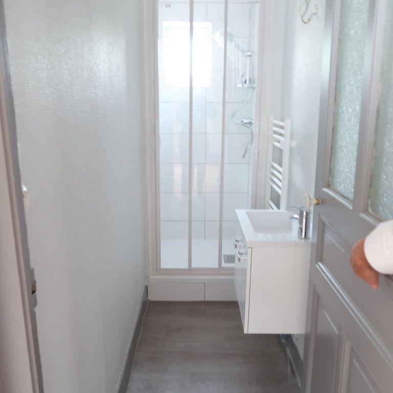 Appartement à louer 2 63m2 à Saint-Quentin vignette-8