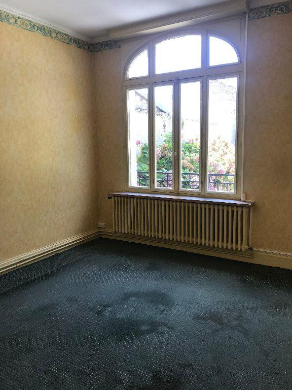 Maison à vendre 6 190m2 à Ribemont vignette-3