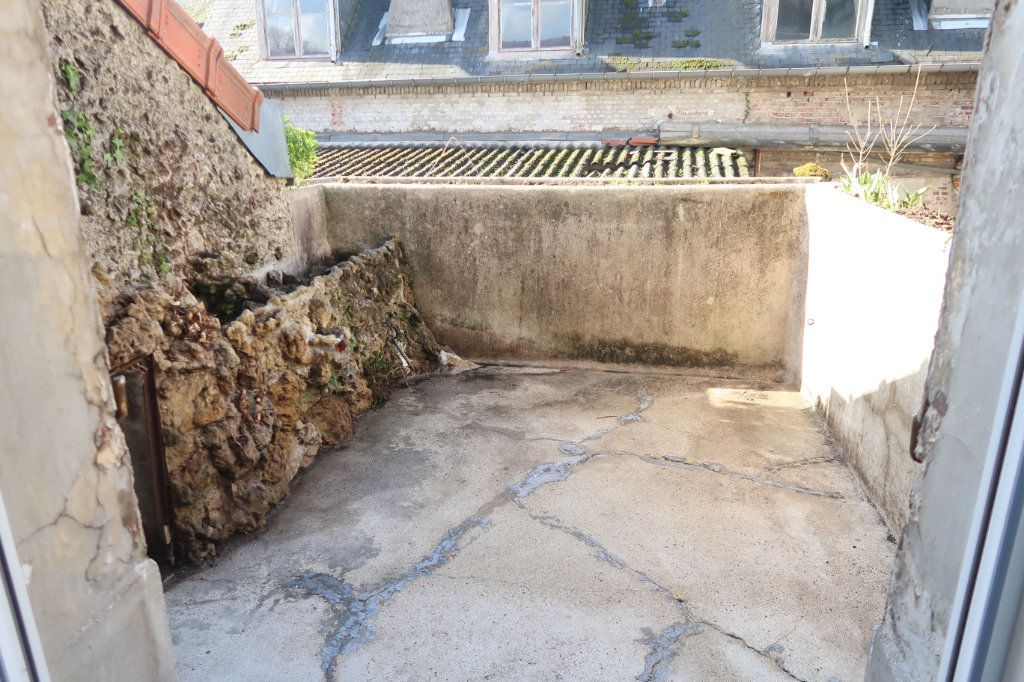 Appartement à louer 2 77m2 à Saint-Quentin vignette-3