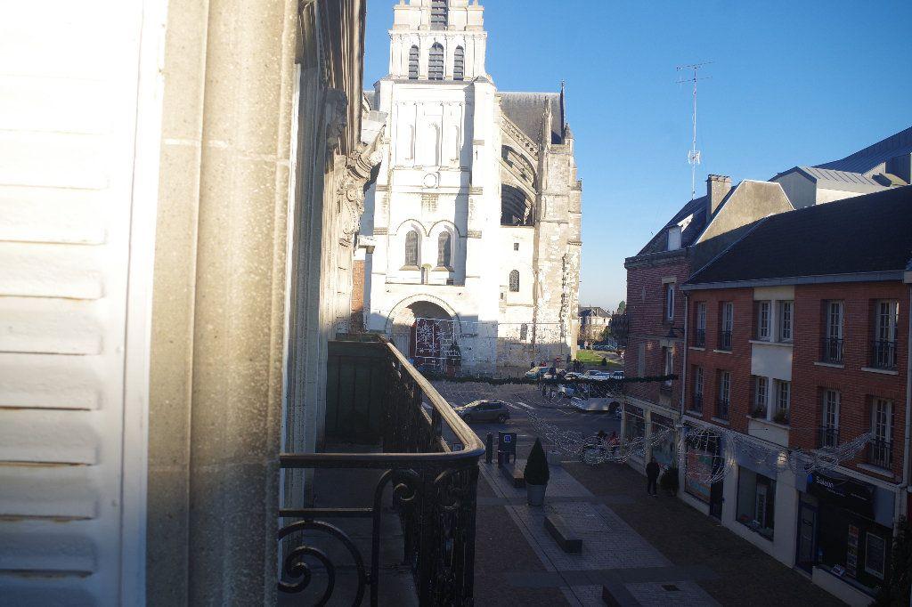 Appartement à vendre 3 100m2 à Saint-Quentin vignette-5