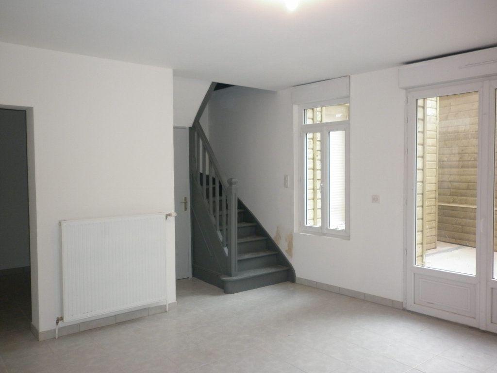 Maison à vendre 6 96.48m2 à Saint-Quentin vignette-1