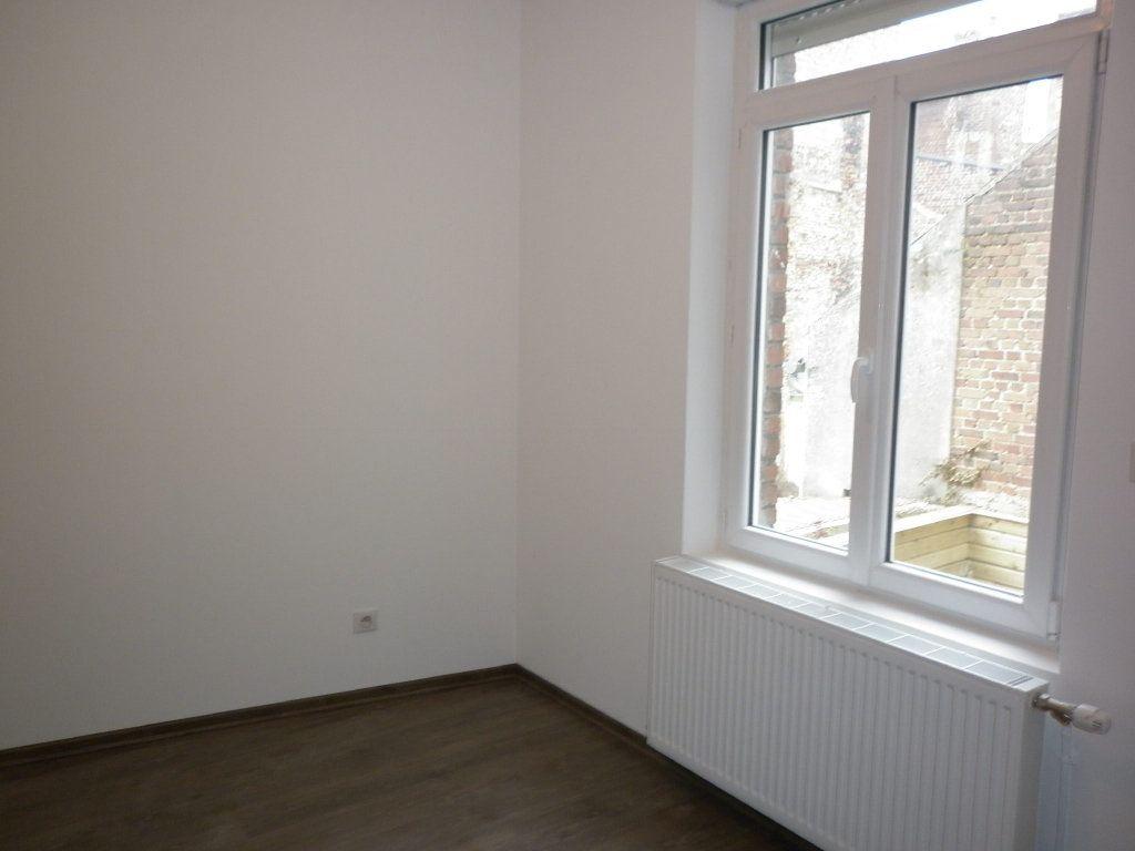 Maison à vendre 6 96.48m2 à Saint-Quentin vignette-6
