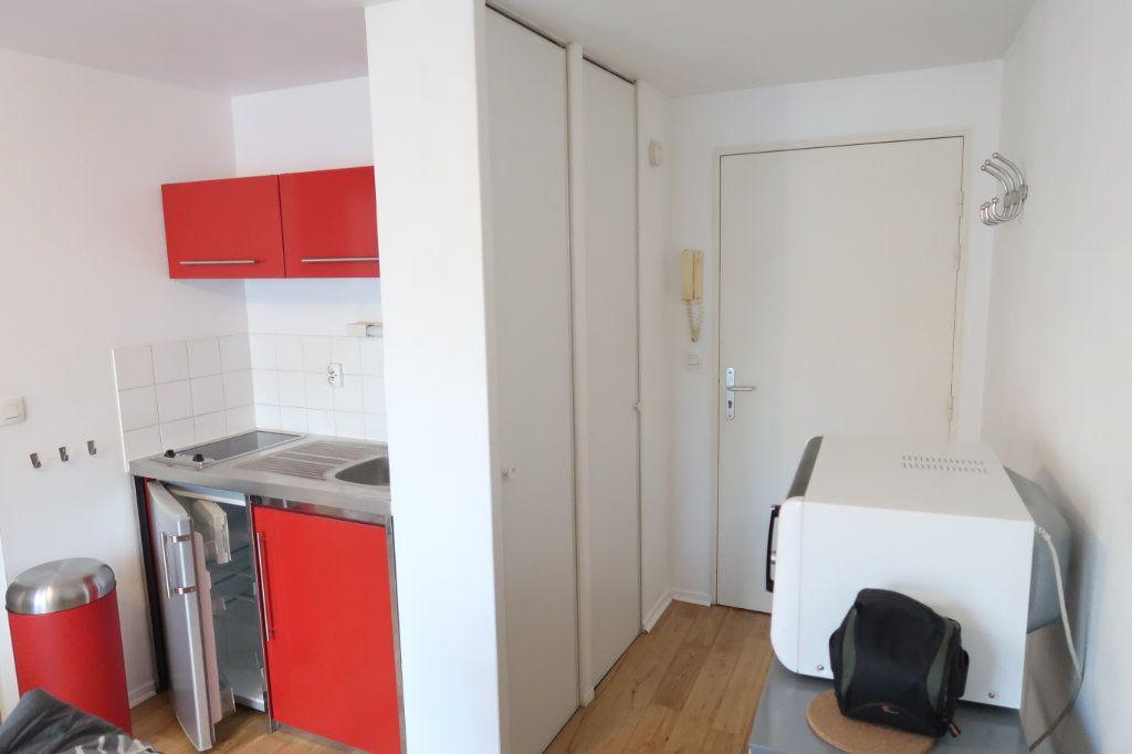 Appartement à louer 2 32.99m2 à Amiens vignette-3