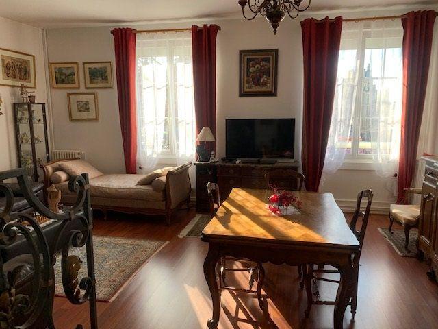Appartement à vendre 4 82m2 à Saint-Quentin vignette-4