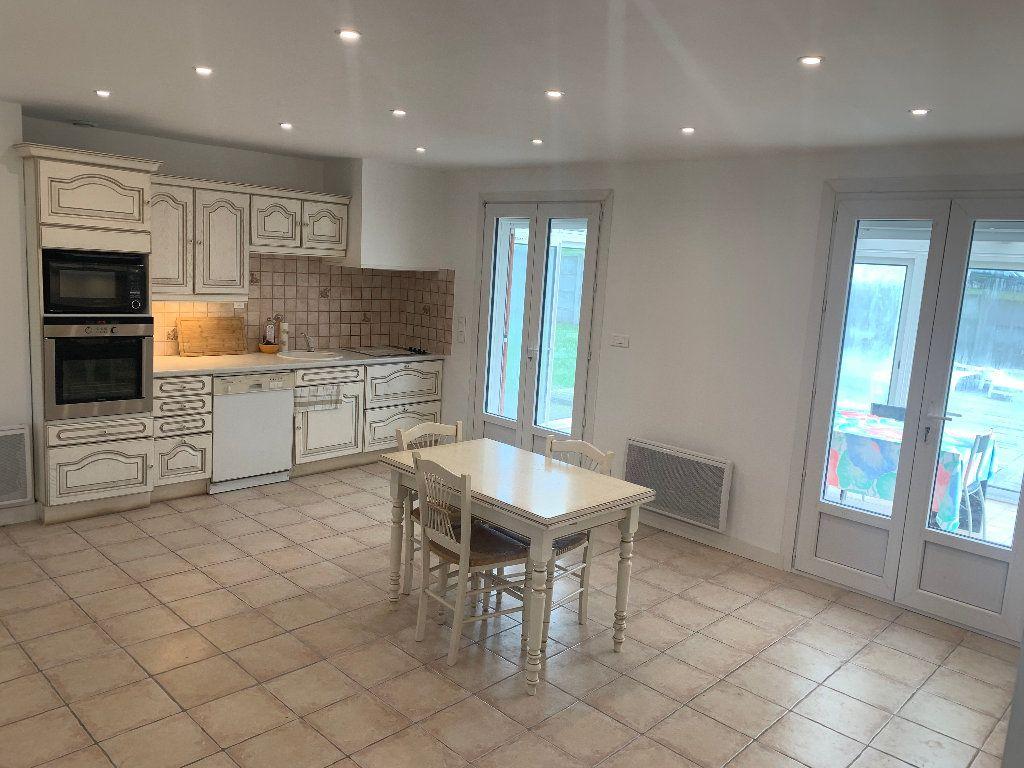 Maison à vendre 5 190m2 à Gricourt vignette-4