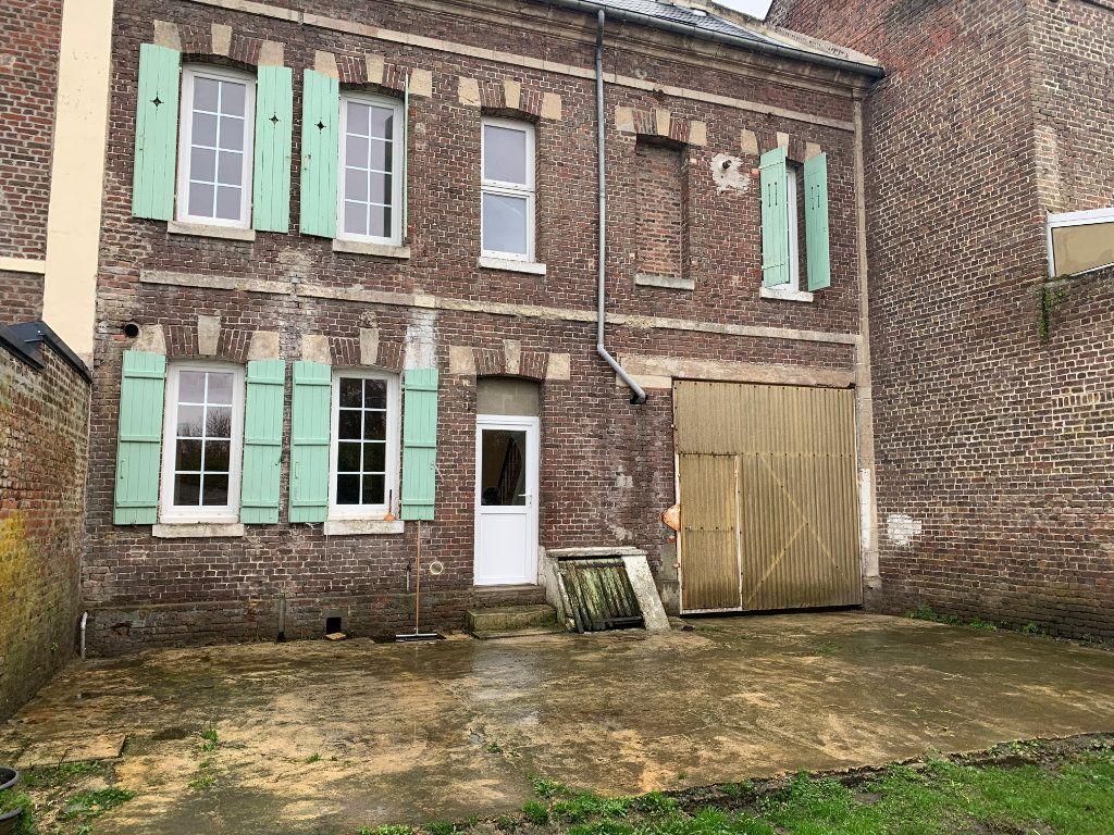 Maison à vendre 4 116m2 à La Fère vignette-1