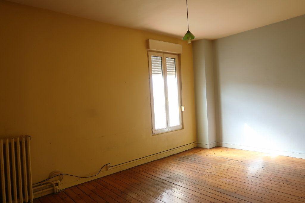 Maison à vendre 12 322m2 à Tergnier vignette-4