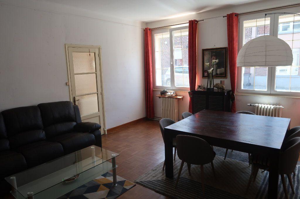Maison à vendre 6 147m2 à Saint-Quentin vignette-5