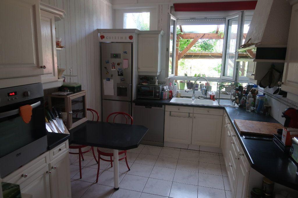 Maison à vendre 6 147m2 à Saint-Quentin vignette-7