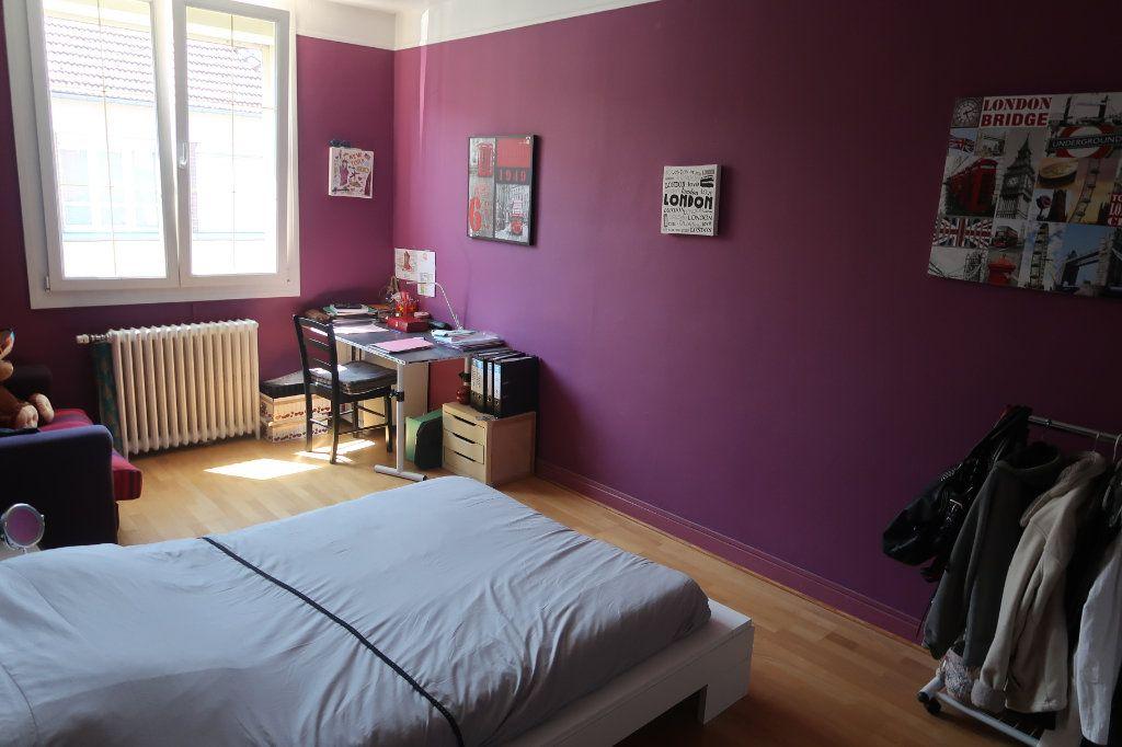 Maison à vendre 6 147m2 à Saint-Quentin vignette-15