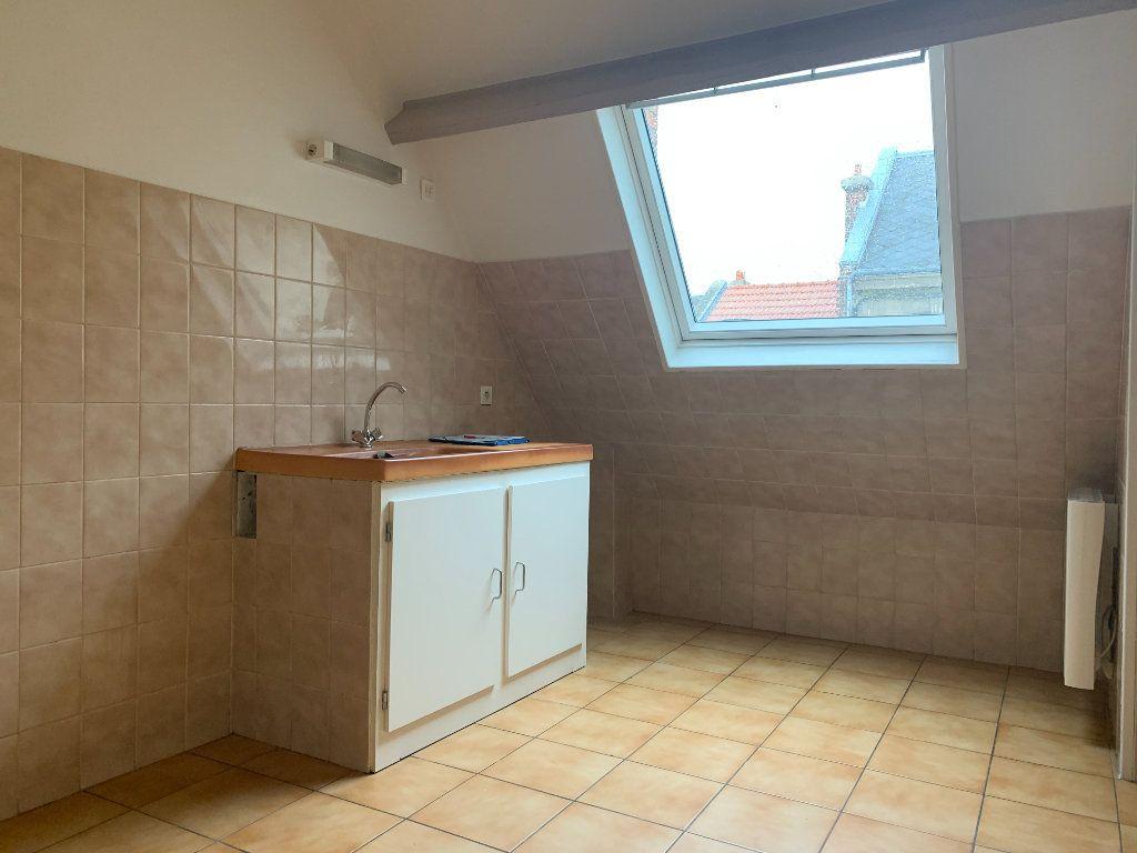 Appartement à louer 2 50.2m2 à Chauny vignette-4