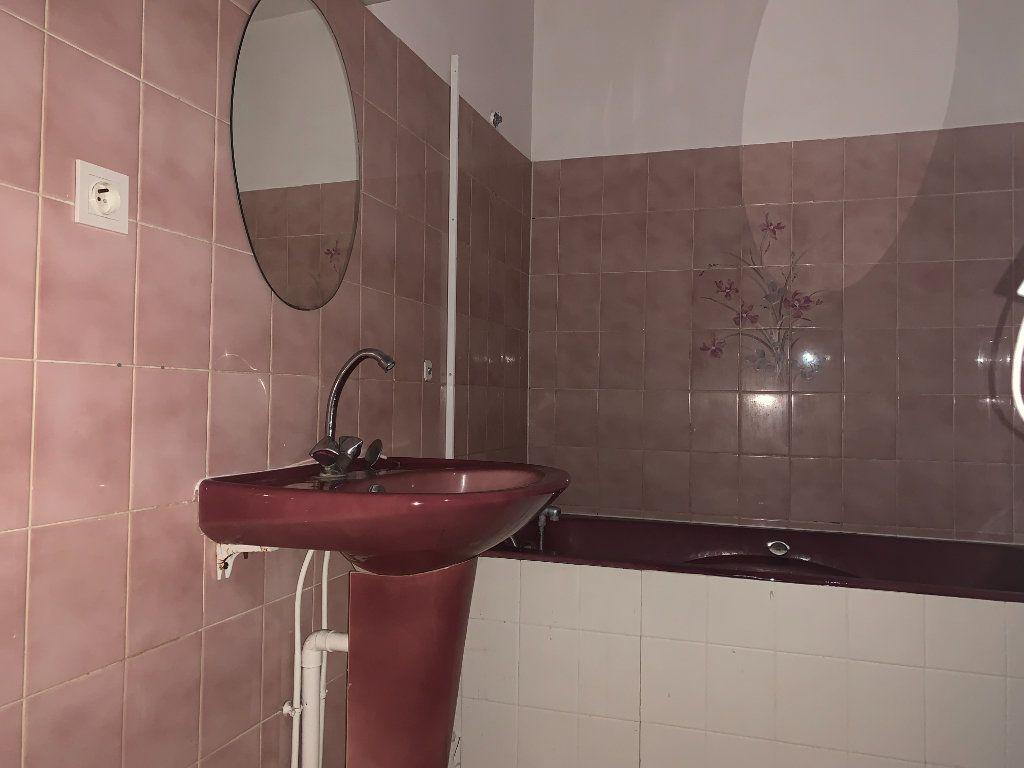Appartement à louer 2 50.2m2 à Chauny vignette-5