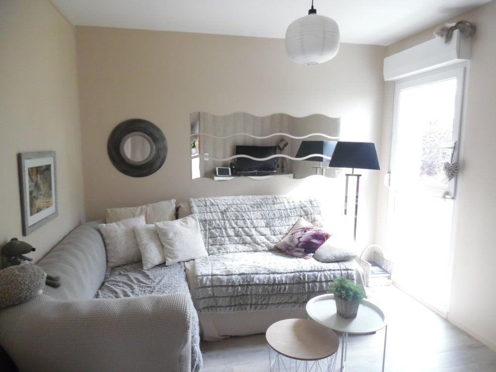 Appartement à vendre 4 69m2 à Saint-Quentin vignette-4