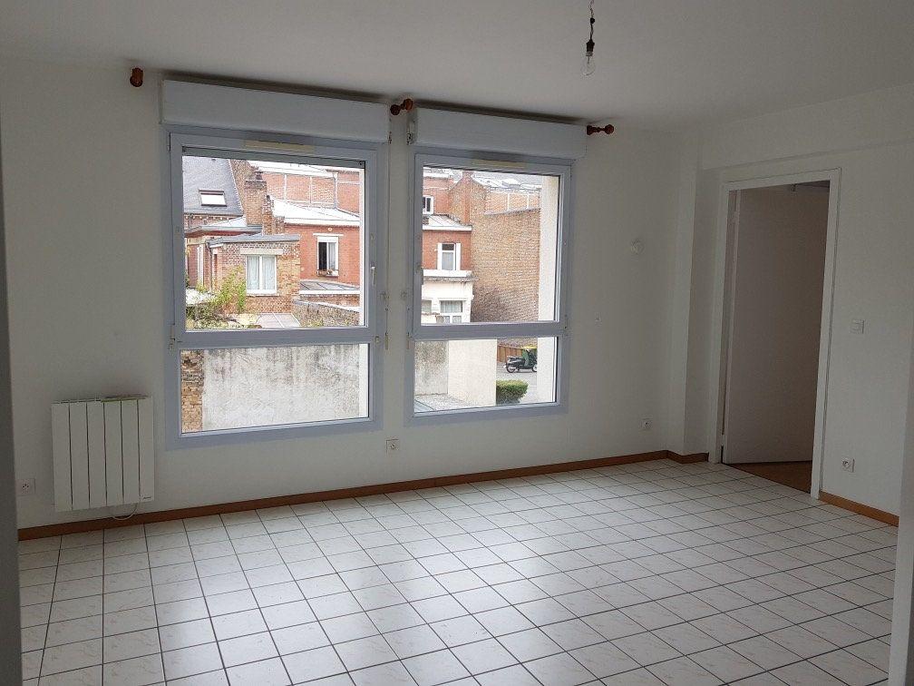 Appartement à louer 2 41.61m2 à Amiens vignette-3