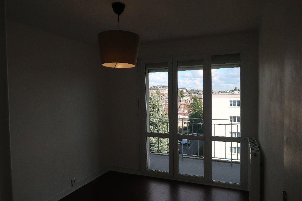 Appartement à vendre 4 106m2 à Saint-Quentin vignette-6