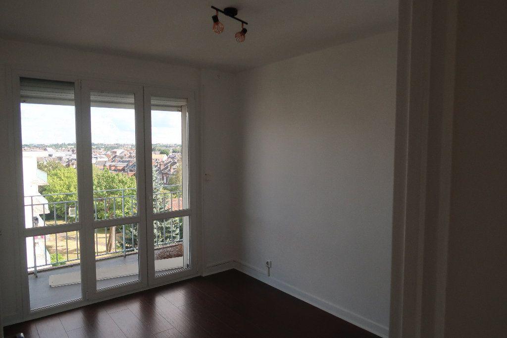 Appartement à vendre 4 106m2 à Saint-Quentin vignette-7