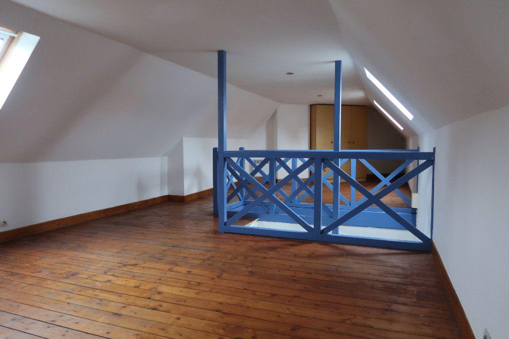 Maison à vendre 6 110m2 à Saint-Quentin vignette-5