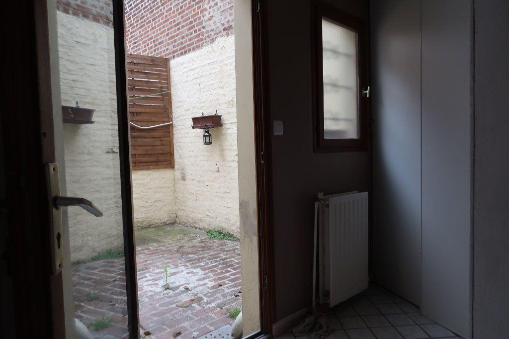 Maison à vendre 6 110m2 à Saint-Quentin vignette-12