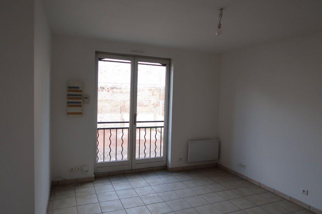 Appartement à louer 4 80m2 à Saint-Quentin vignette-5