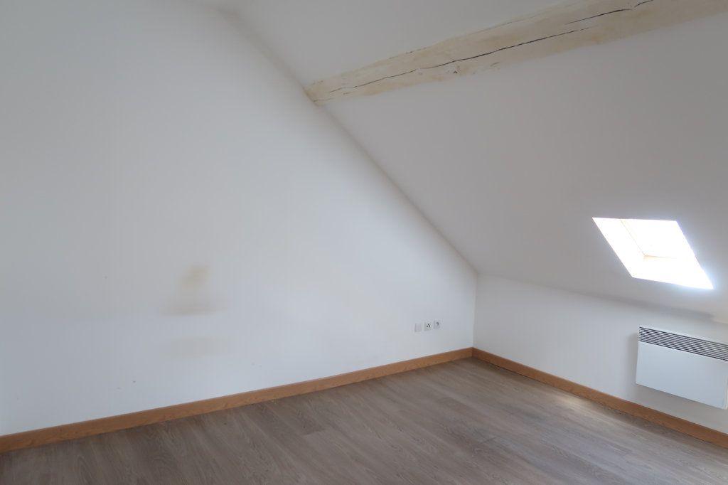 Maison à louer 5 110m2 à Saint-Quentin vignette-10