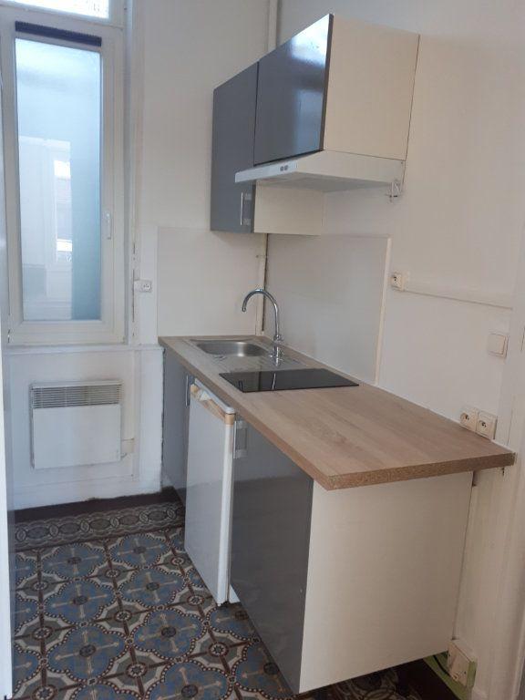 Appartement à louer 1 21.3m2 à Amiens vignette-3