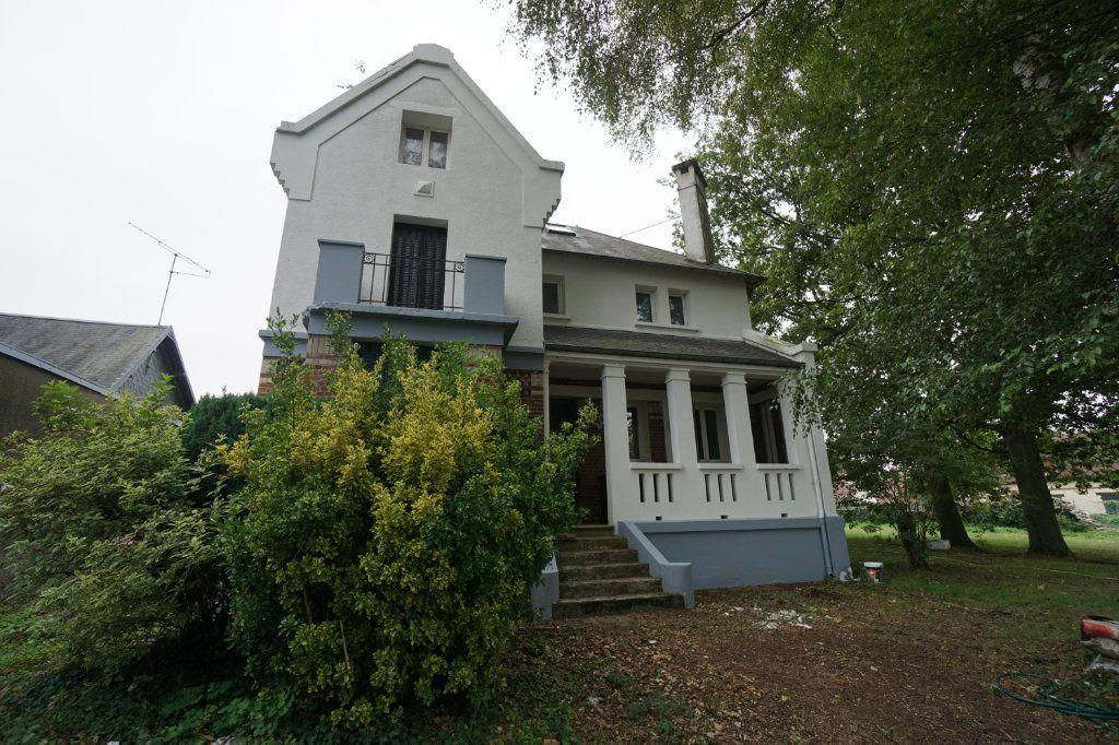 Maison à vendre 9 195m2 à Méaulte vignette-1