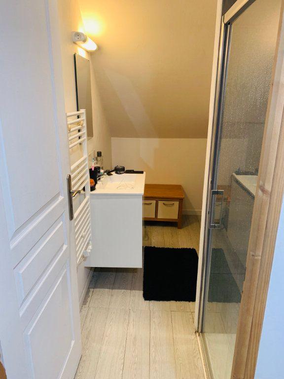 Appartement à louer 1 26m2 à Amiens vignette-3