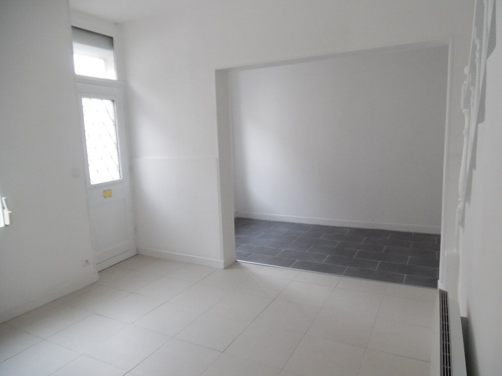 Maison à vendre 4 70m2 à Saint-Quentin vignette-5