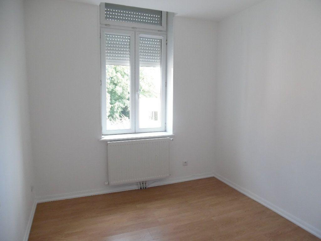 Immeuble à vendre 0 0m2 à Saint-Quentin vignette-3