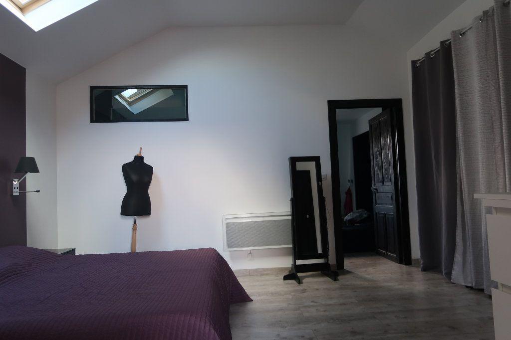 Maison à vendre 8 180m2 à Saint-Quentin vignette-9