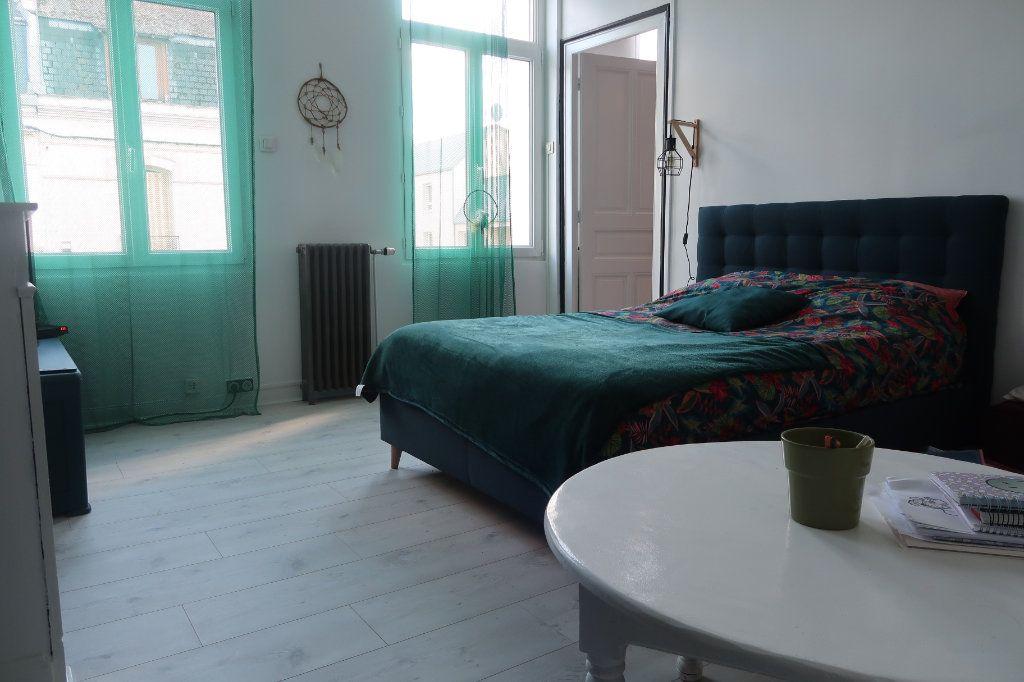 Maison à vendre 8 180m2 à Saint-Quentin vignette-10