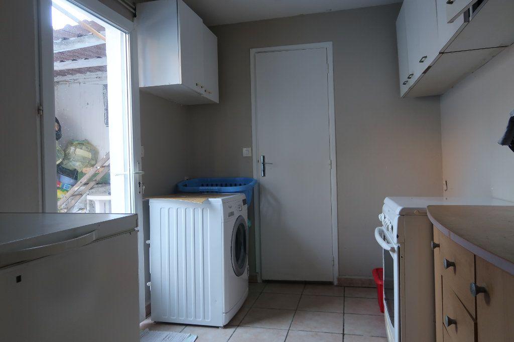 Maison à vendre 8 130m2 à Saint-Quentin vignette-10