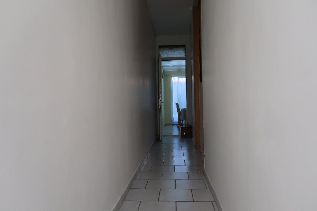 Maison à vendre 8 130m2 à Saint-Quentin vignette-12