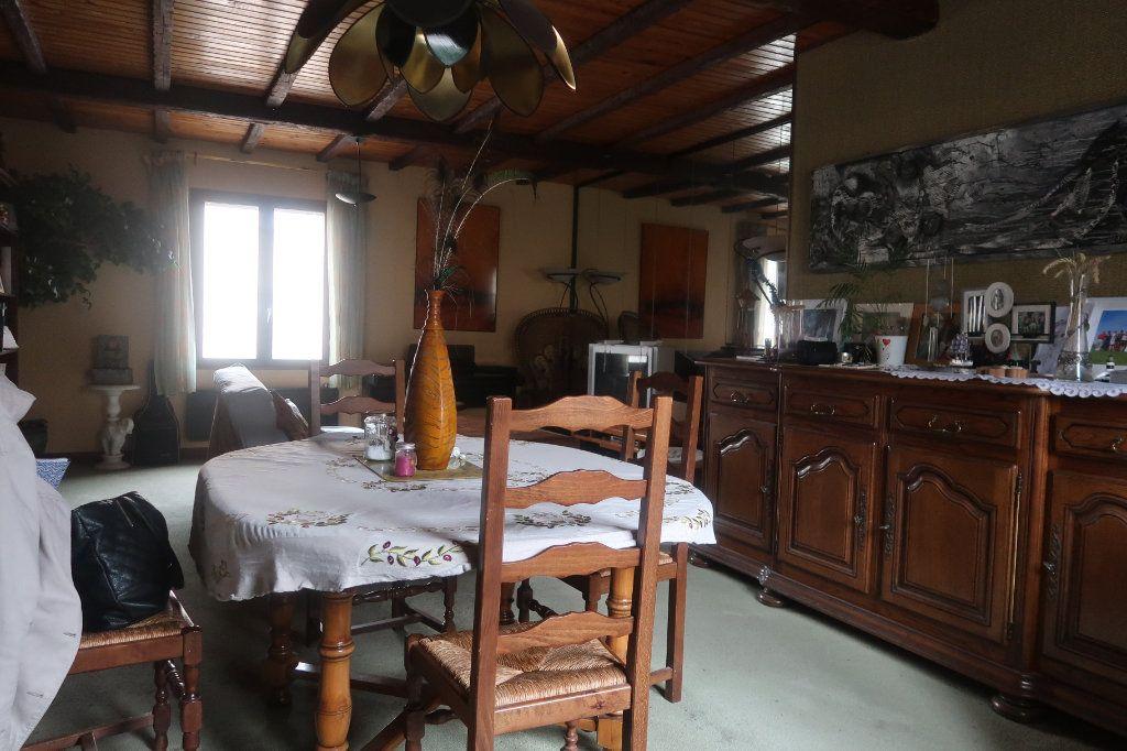 Maison à vendre 11 162m2 à Saint-Quentin vignette-2
