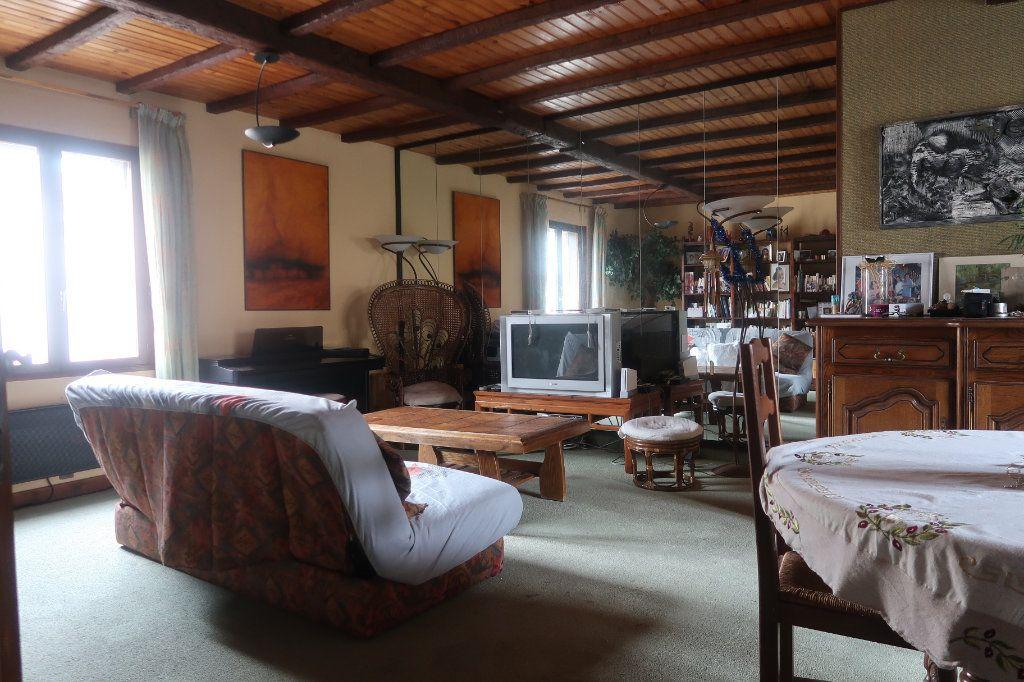 Maison à vendre 11 162m2 à Saint-Quentin vignette-3