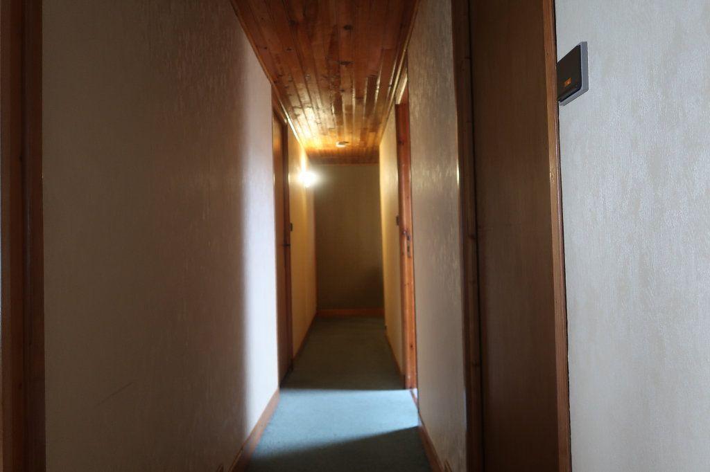Maison à vendre 11 162m2 à Saint-Quentin vignette-7