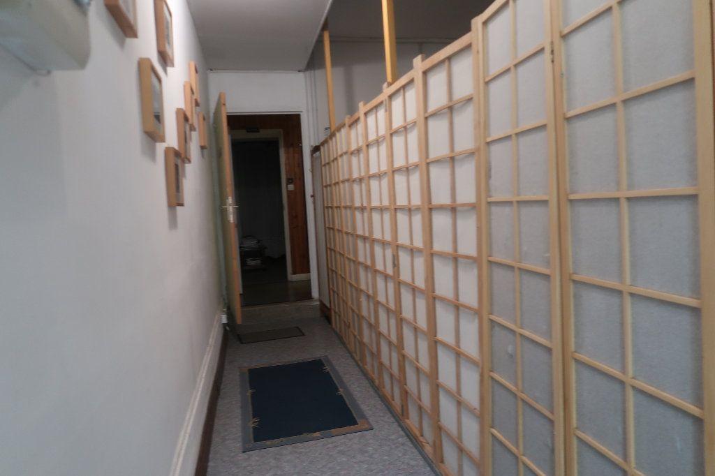 Maison à vendre 11 162m2 à Saint-Quentin vignette-12