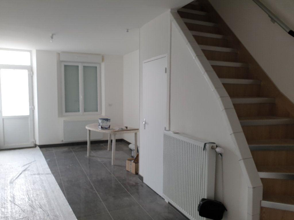 Maison à louer 4 56m2 à Tergnier vignette-13