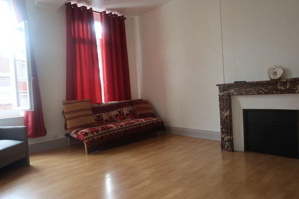 Appartement à vendre 2 54.78m2 à Saint-Quentin vignette-1