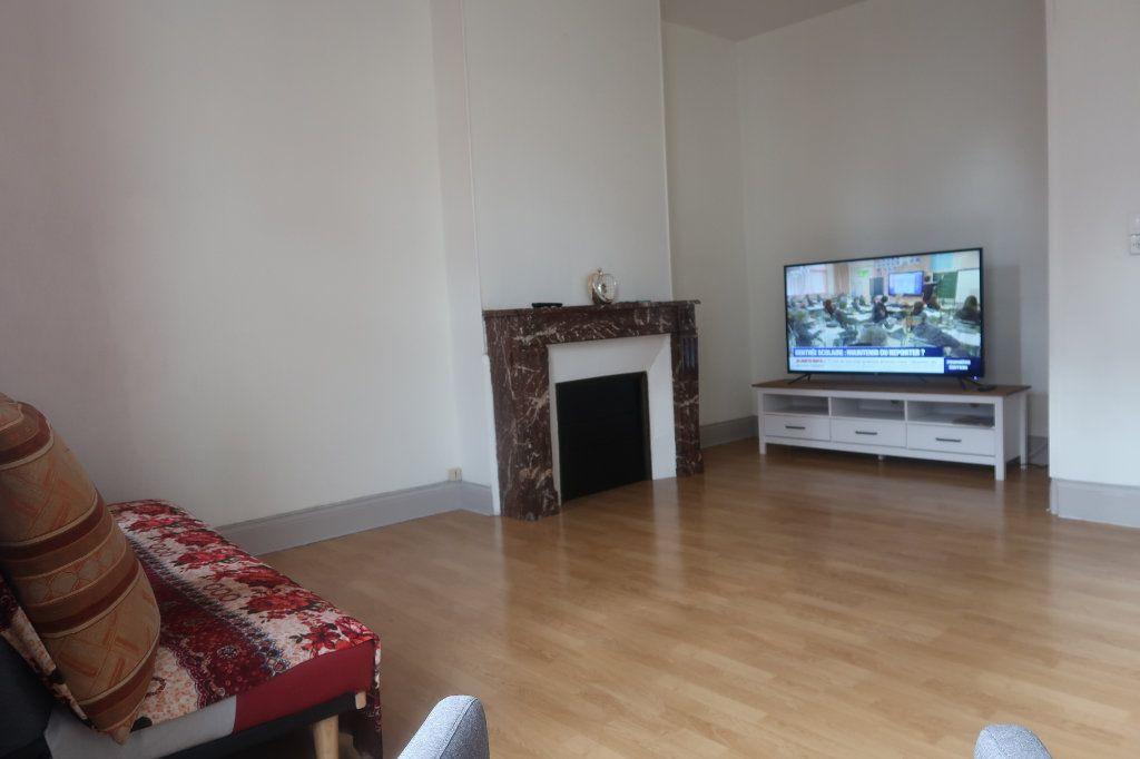 Appartement à vendre 2 54.78m2 à Saint-Quentin vignette-2