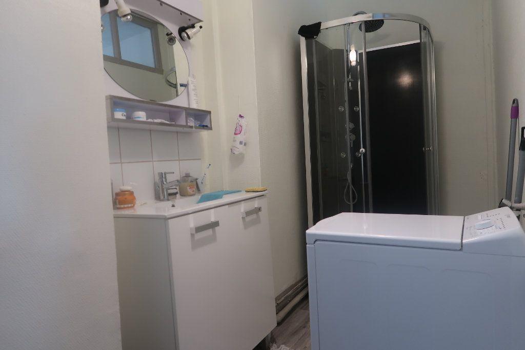 Appartement à vendre 2 54.78m2 à Saint-Quentin vignette-5