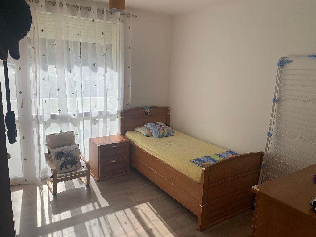 Appartement à vendre 4 98m2 à Saint-Quentin vignette-3