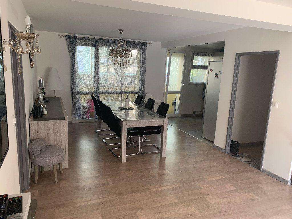 Appartement à vendre 4 98m2 à Saint-Quentin vignette-5