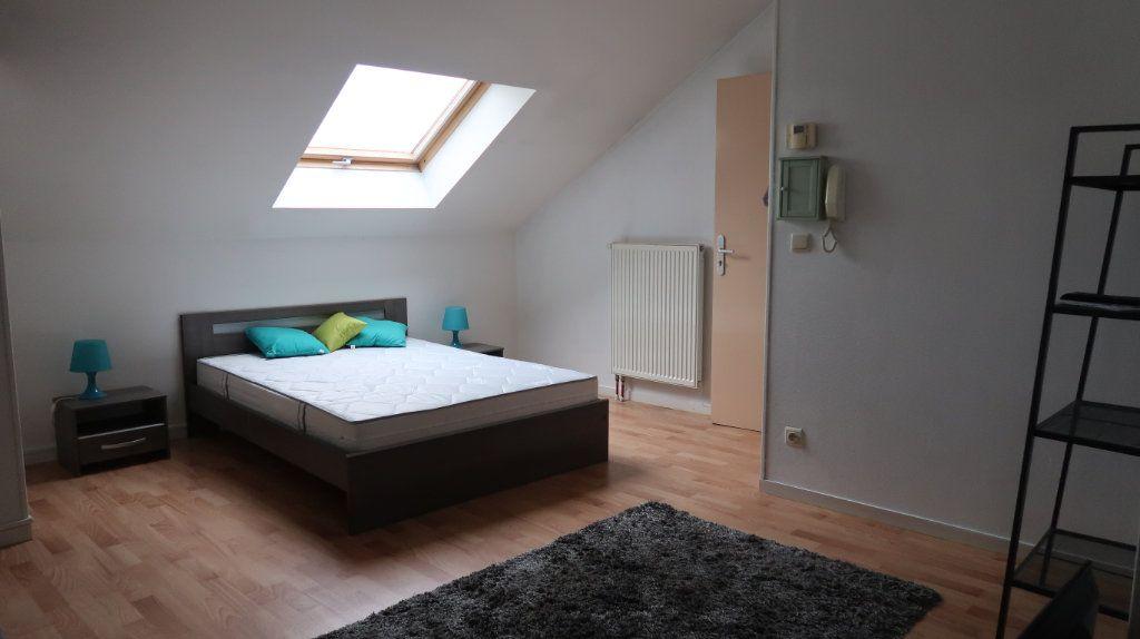 Appartement à louer 2 61.35m2 à Amiens vignette-4