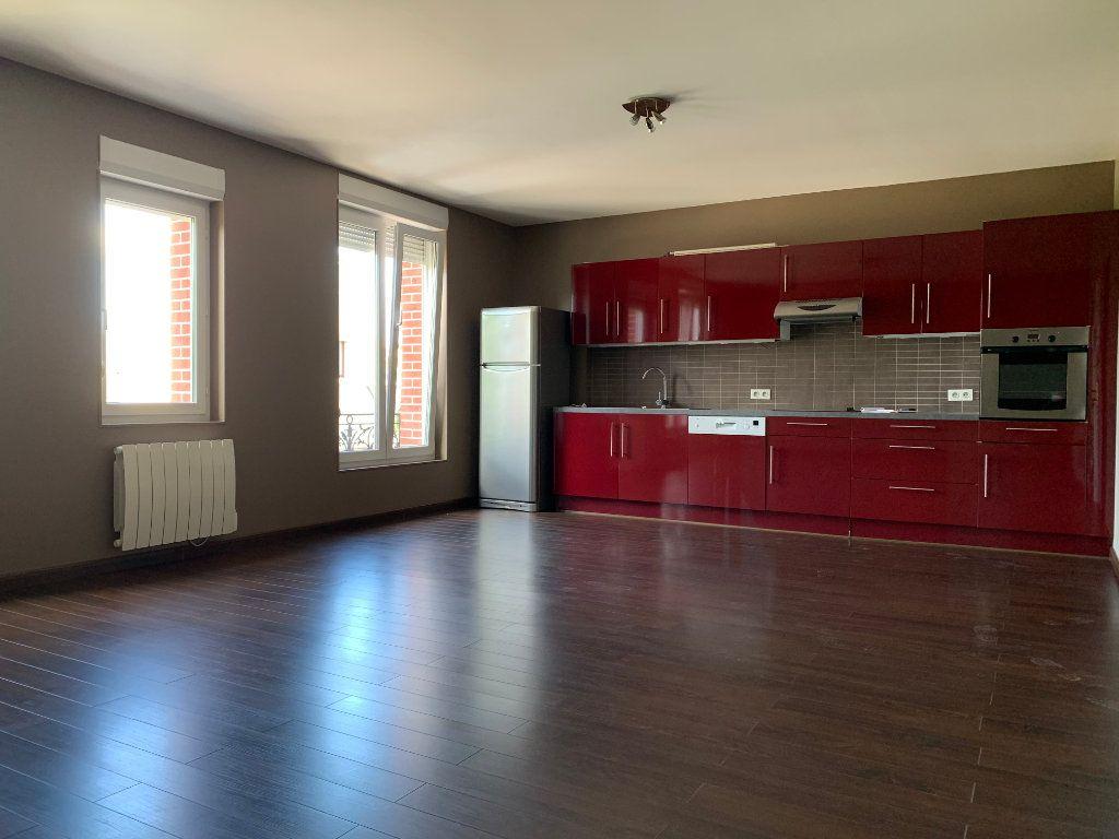 Appartement à louer 2 60.73m2 à Tergnier vignette-1